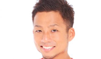 男性のお見合い写真の髪型は前髪をあげた方が好印象