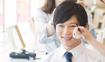 男性のビジネスプロフィール写真撮影のヘアメイクを担当しました